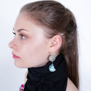 Boucle d'oreille sphere by Adeline Ziliox